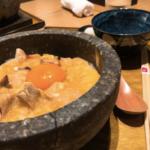 奥久慈卵を使用した東京しゃもの石焼親子丼